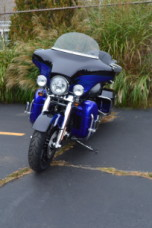 2011 HARLEY-DAVIDSON FLHTCUSE CVO™ Ultra Classic® Electra Glide® thumb 1