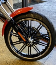 Performance Orange 2020 Harley-Davidson® Breakout® 114 FXBRS thumb 3
