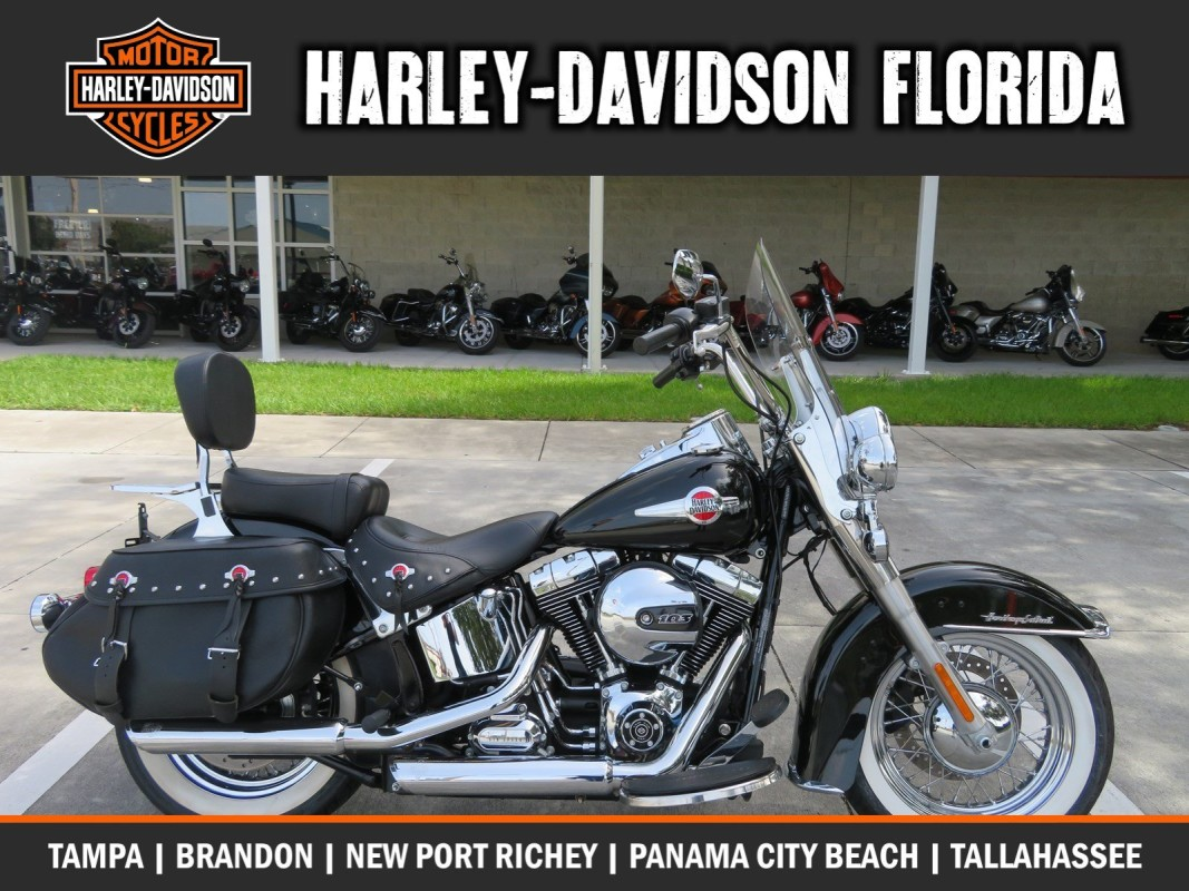 Harley-Davidson<sup>®</sup> 2017 Heritage Softail<sup>®</sup> Classic