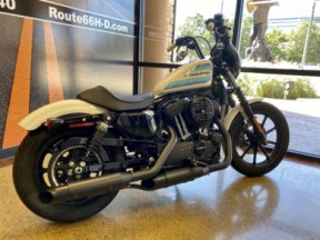 2018 Harley-Davidson 1200 Iron XL1200NS thumb 1