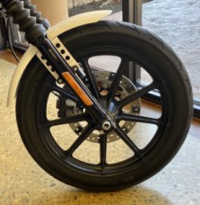 2018 Harley-Davidson 1200 Iron XL1200NS thumb 2