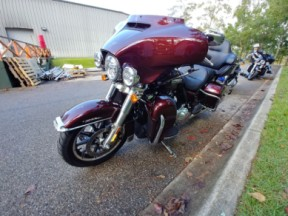 Harley-Davidson<sup>®</sup> 2019 Electra Glide<sup>®</sup> Ultra Classic<sup>®</sup> thumb 0