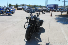 2018 HARLEY-DAVIDSON®Road King<sup>®</sup> Special  FLHRXS thumb 2