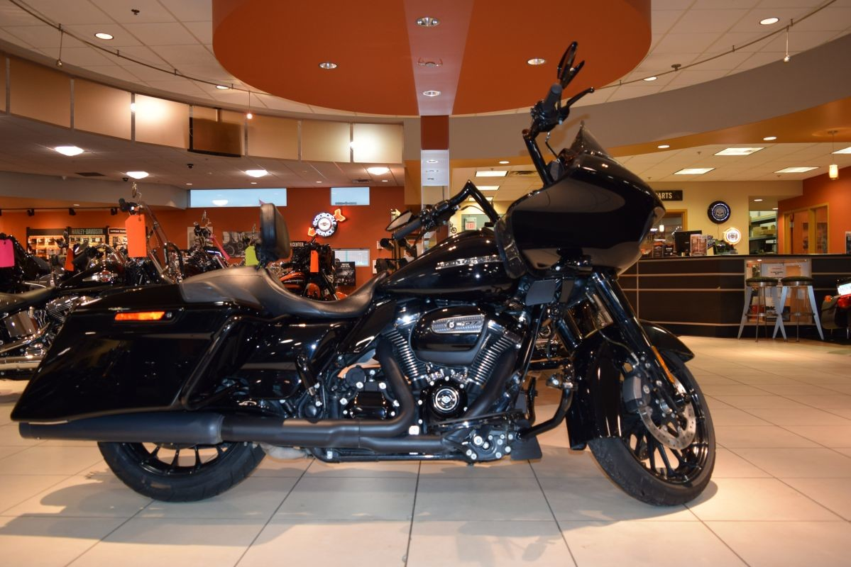 2018 Harley-Davidson Touring FLTRXS Road Glide Special