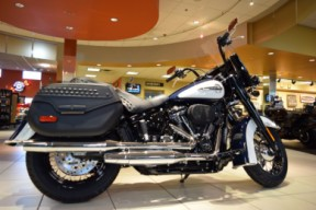 2019 Harley-Davidson FLHCS Softail Heritage Classic 114 thumb 0