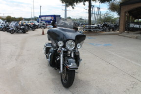 2006 HARLEY-DAVIDSON®  ELECTRA GLIDE® ULTRA CLASSIC   FLHTCUI thumb 3