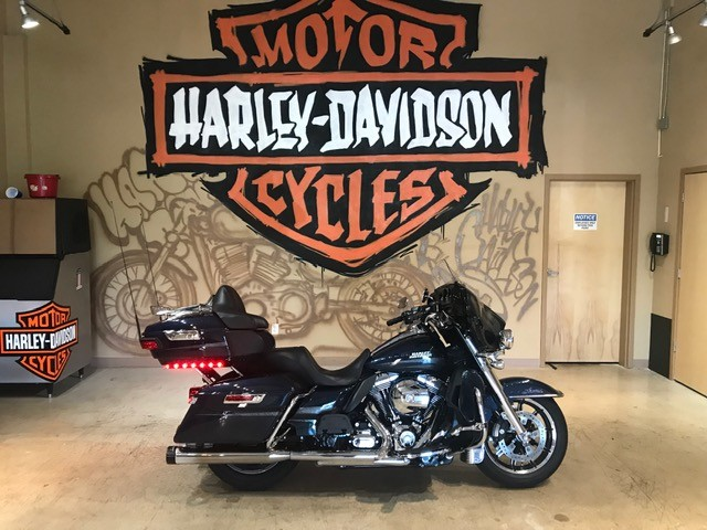 2016 H-D FLHTKL Ultra Limited Low