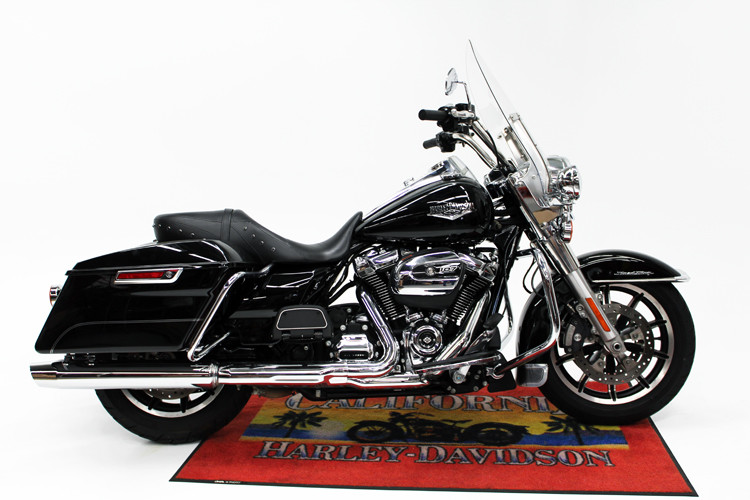 FLHR 2017 Road King<sup>®</sup>