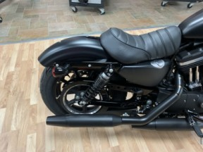 2020 XL883N - Iron 883 thumb 1