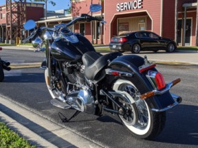 Harley-Davidson<sup>®</sup> 2020 Deluxe thumb 0