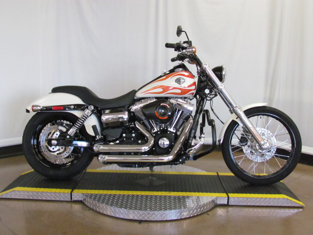 2014 Dyna Wide Glide FXDWG103