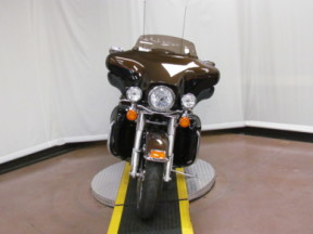2013 Electra Glide Ultra Limited Anniversary FLHTK ANV thumb 2