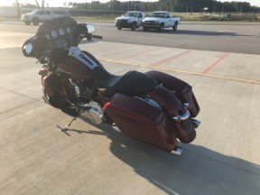2016 FLHXS Street Glide Special thumb 1