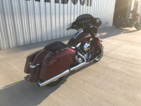 2016 FLHXS Street Glide Special thumb 2
