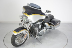 2012 FLHTCUSE7 CVO Ultra Classic Electra Glide thumb 1