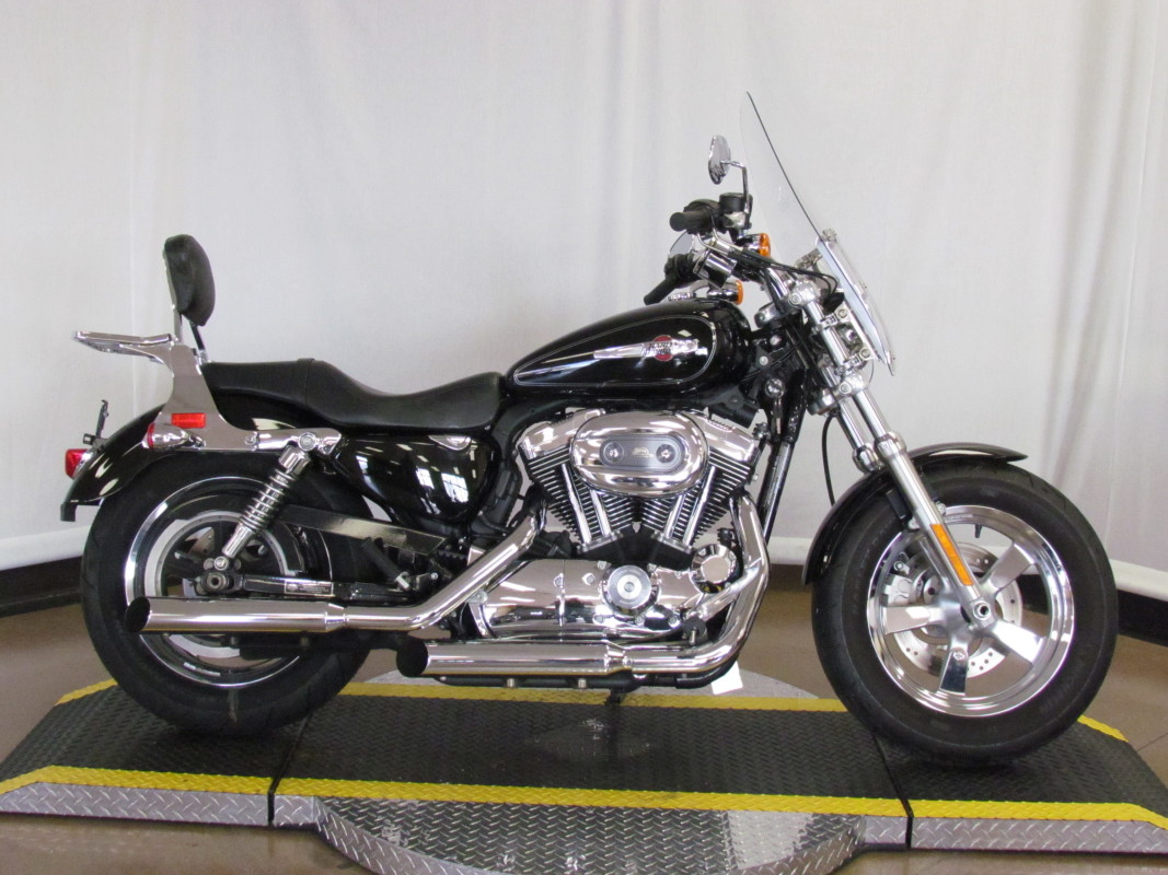 2012 Sportster 1200 Custom XL1200C