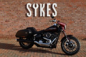 2018 Ex-Demo Harley-Davidson FLSB Softail Sport Glide in Twisted Cherry thumb 3
