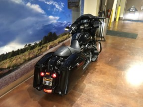 2020 HD Road Glide Special thumb 3