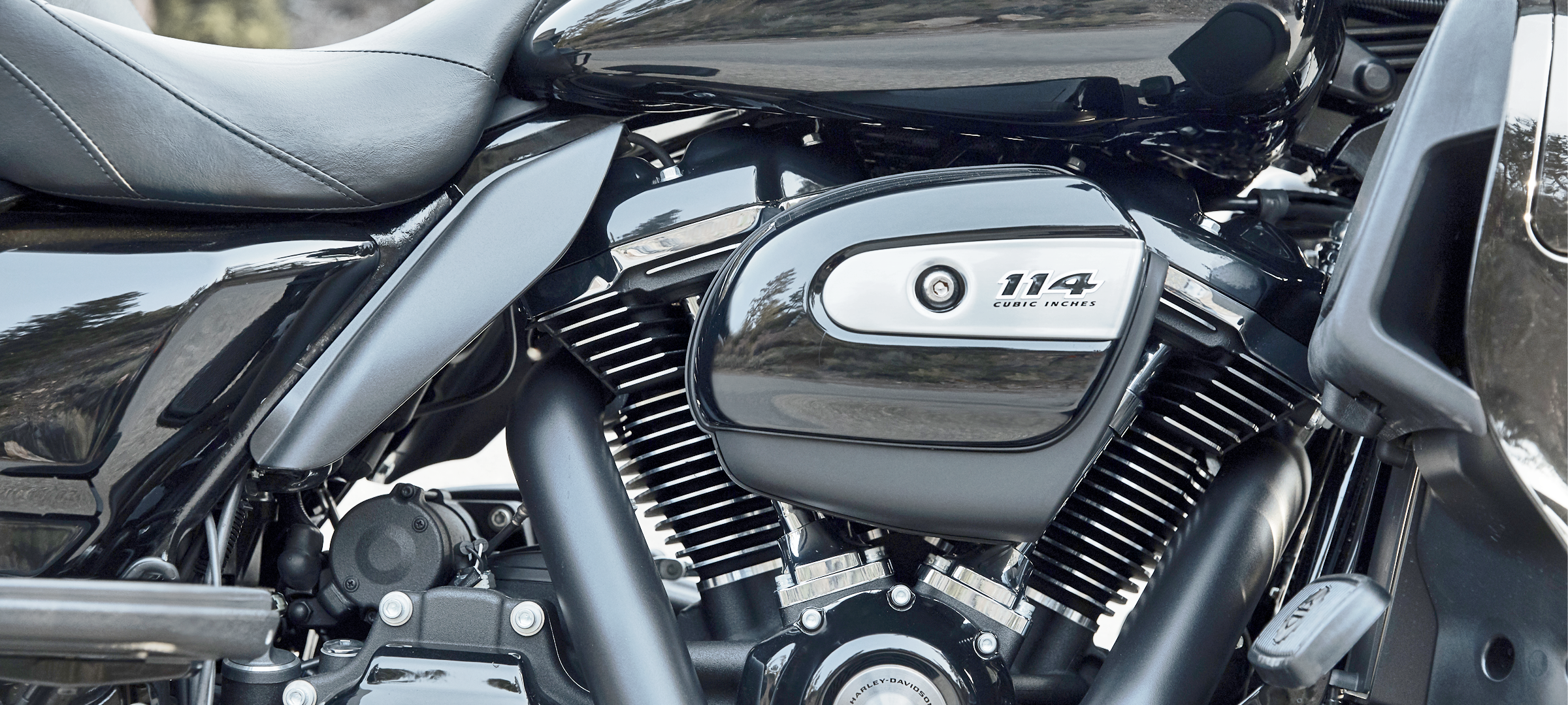 Storage engines for cars and motorcycles
