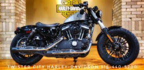 2016 Harley-Davidson® Forty-Eight® : XL1200X thumb 2