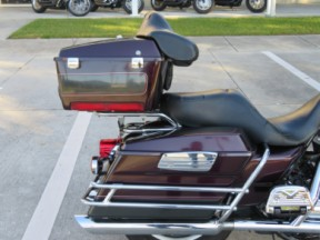 Harley-Davidson<sup>®</sup> 2005 Electra Glide® Classic thumb 1