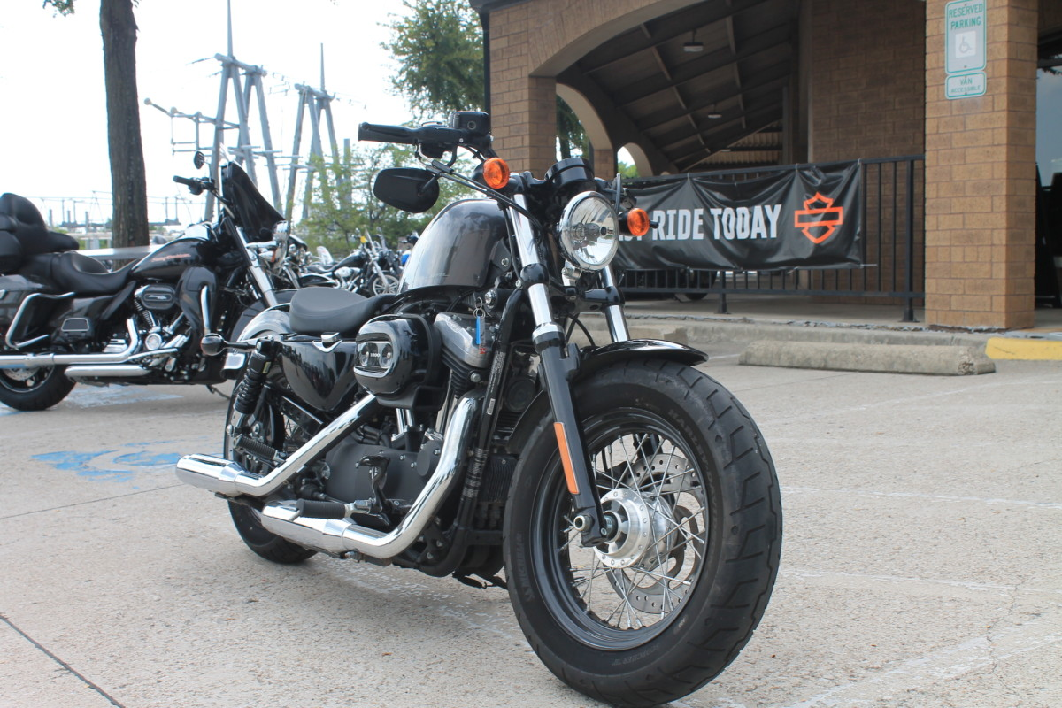 2015 Harley-Davidson<sup>®</sup> Forty-Eight<sup>®</sup> XL 1200X