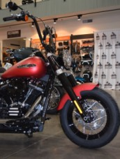 2019 Softail Slim Wicked Red Denim thumb 1