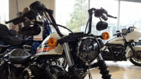 Harley Davidson Sportster Forty Eight thumb 1