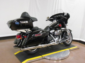 2020 Electra Glide Standard FLHT thumb 0