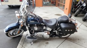 2016 HARLEY FLSTN - Softail Deluxe thumb 1