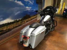 FLTRXS 2020 Road Glide® Special thumb 3