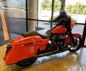 Performance Orange 2020 Harley-Davidson® Street Glide® Special thumb 1