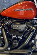 Performance Orange 2020 Harley-Davidson® Street Glide® Special thumb 2