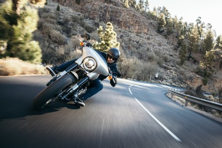 Three Tips for Making Safe Turns on a Motorcycle