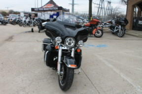2015 Harley-Davidson<sup>®</sup> Ultra Limited Low FLHTKL thumb 3