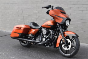 FLHXS 2020 Street Glide Special thumb 2