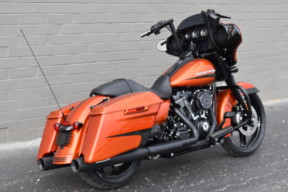 FLHXS 2020 Street Glide Special thumb 3