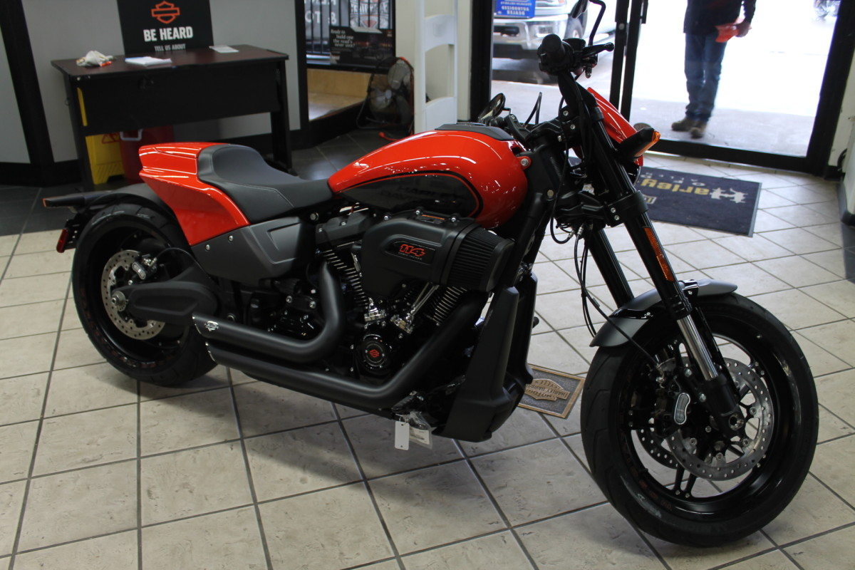 2020 Harley-Davidson<sup>®</sup> FXDR<sup>™</sup> 114 FXDRS