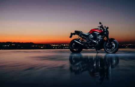 H-D®  New Bike News: HARLEY-DAVIDSON® BRONX™