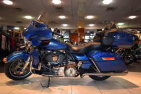2014 Harley-Davidson Touring FLHTK Ultra Limited thumb 2