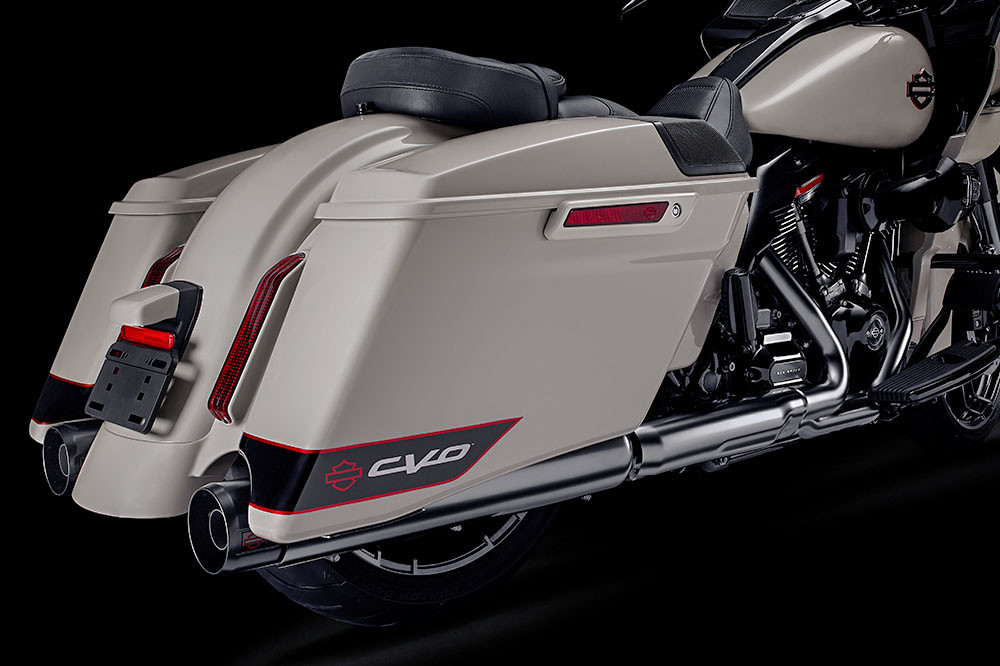 CVO<sup>™</sup>  Road Glide<sup>®</sup> Instagram image 4
