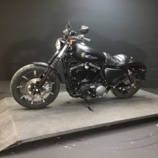 Harley-Davidson® Iron 883™ 2017 XL 883N 3119 BLACK thumb 1