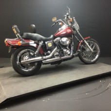 HARLEY-DAVIDSON FXDWG 2001 FXDWG 3147 RED thumb 3