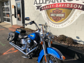 2017 Harley-Davidson® Heritage Softail® Classic thumb 2