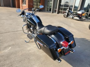 2019 HARLEY-DAVIDSON ROAD KING<sup>®</sup> thumb 0