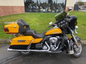 2013 Harley-Davidson® Electra Glide® Ultra Limited thumb 3