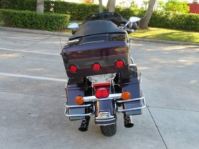 Harley-Davidson<sup>®</sup> 2005 Electra Glide® Classic thumb 0