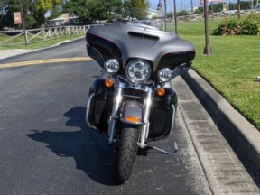 Harley-Davidson<sup>®</sup> 2016 Ultra Limited Low thumb 2