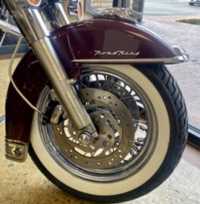 Rich Red 2003 Harley-Davidson Road King Classic FLHRC-I thumb 3