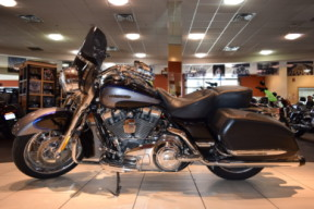 2008 Harley-Davidson HD CVO Touring FLHRSE4 Road King thumb 3